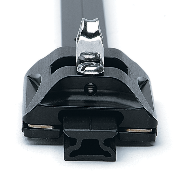 22 mm Small Boat CB Car — Pivoting Shackle, Control Tangs